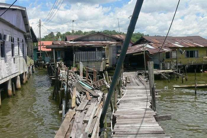 Самое большое поселение на воде