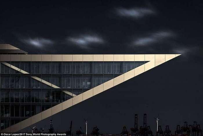 Фотографии с конкурса Sony World Photography Awards 2017 в категории -Архитектура-