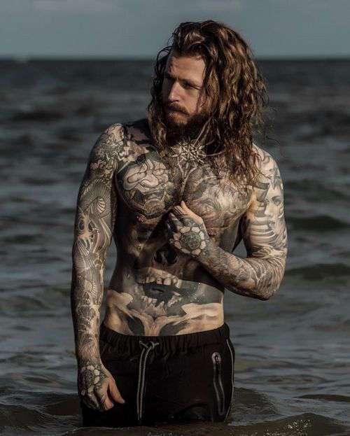 Норвежец Кевин Крикман (Kevin Creekman), страдавший от избыточного веса, стал моделью и звездой Instagram