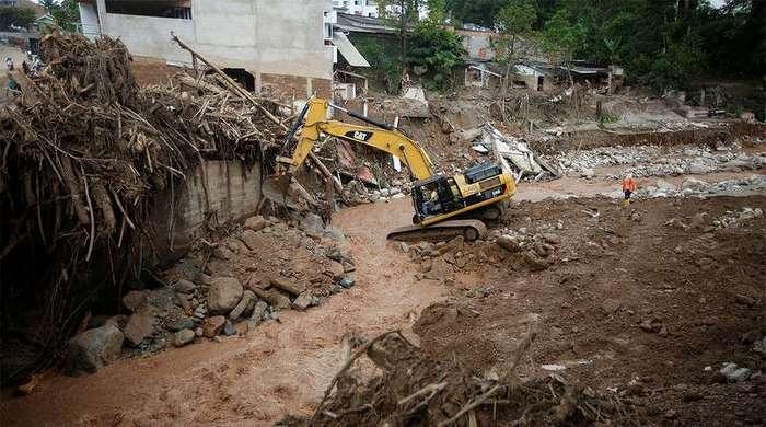 Последствия схода селевого потока в Колумбии