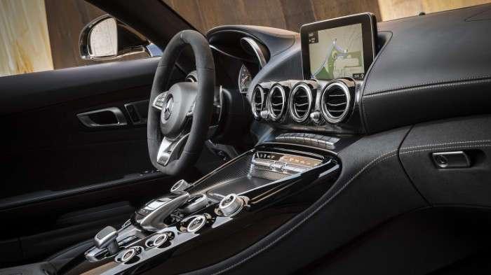 Mercedes презентовал сразу два стильных родстера