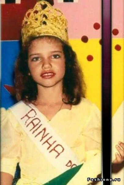 Личные фотографии супермодели Адрианы Лимы.