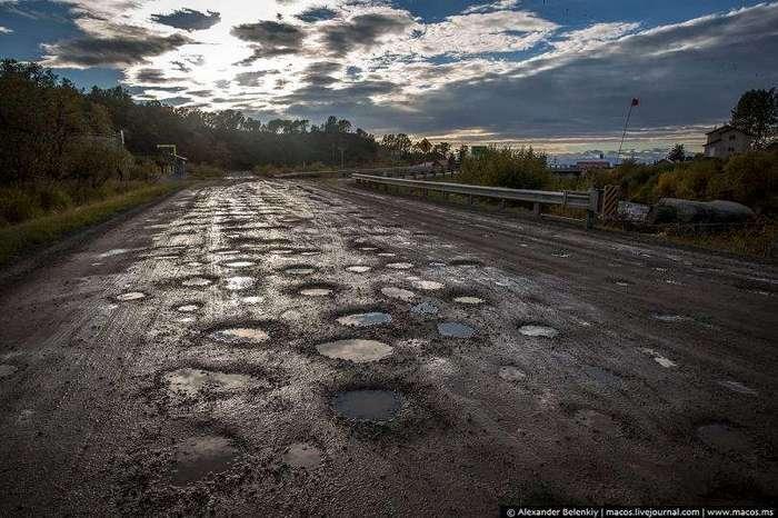 Россия - ужасные дороги, ой, это ж США ... ну бывает, им то можно ...