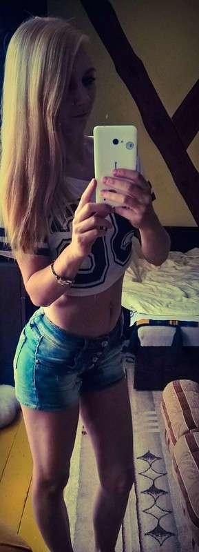Селфи девушек из польских социальных сетей
