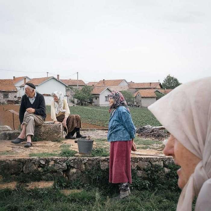 Жизнь в деревне Почитель