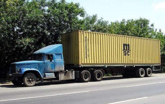 Тюнинг советских грузовиков из -лихих 1990-х-