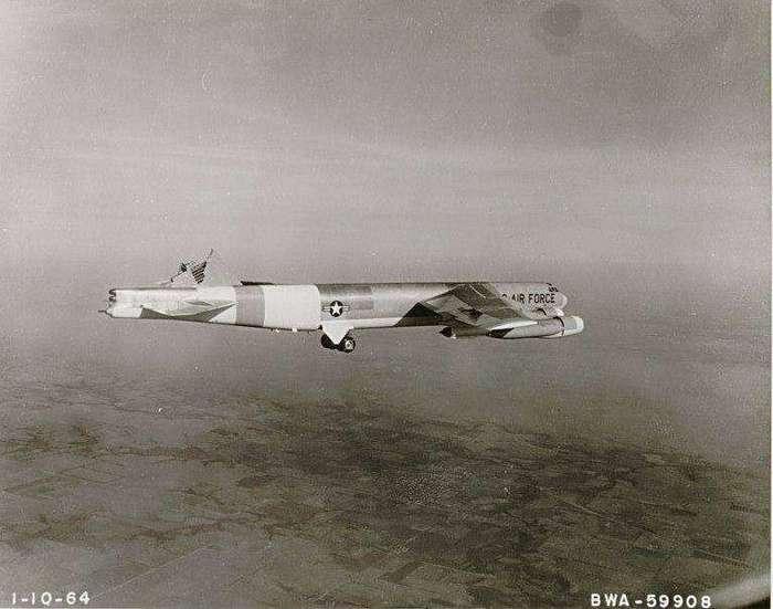 У грамотного экипажа и самолет без хвоста летает !