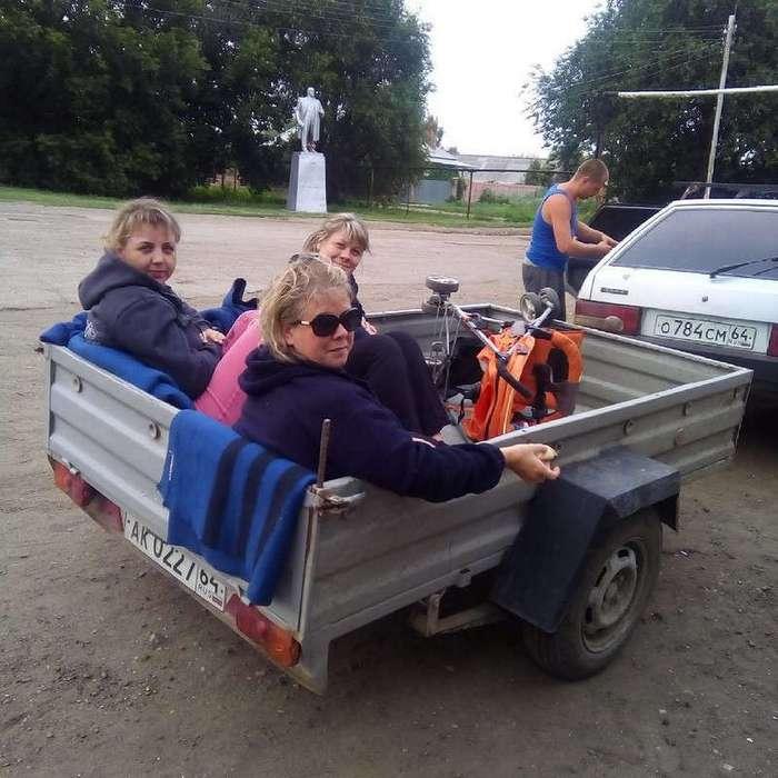 Этот неповторимый и совершенно особенный деревенский транспорт