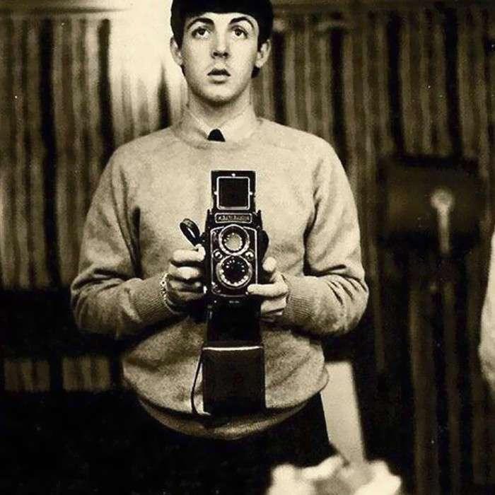 Винтажные фото знаменитостей до появления смартфонов