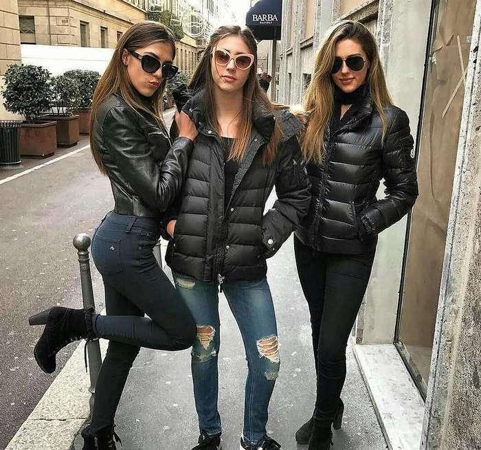 Тройной удар: дочки Сильвестра Сталлоне появились на обложке глянца