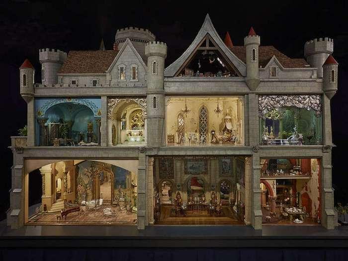 Потрясающий кукольный домик, который стоит дороже трешки в Москве