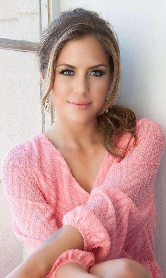 Фото самых красивых девушек. Чертовски красивые с ШИКарными формами 010517-196-65