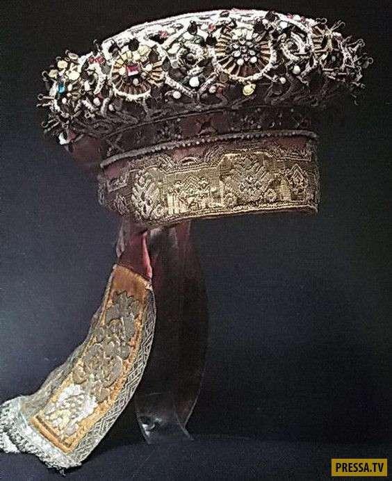 Виды старинных головных уборов и правила их ношения (21 фото)