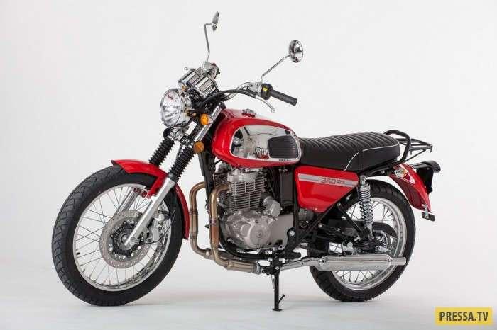 Jawa 350 OHC мотоцикл с классическим видом и новой начинкой (7 фото)