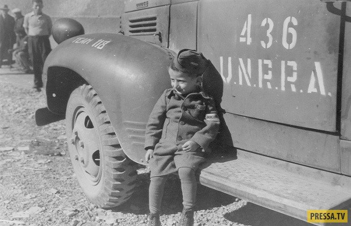 Юзеф Янек Шляйфштайн - мальчик, тайно живший в Бухенвальде (6 фото)