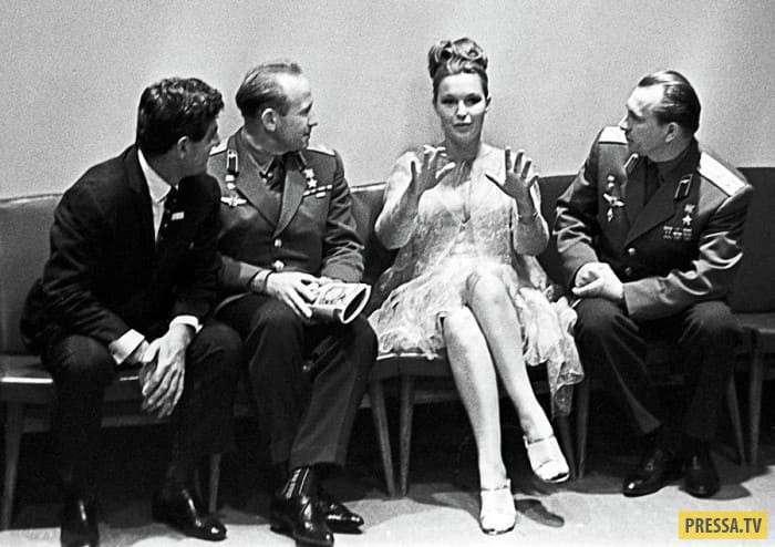 Известной французской актрисе Марине Влади - 79 лет (17 фото)