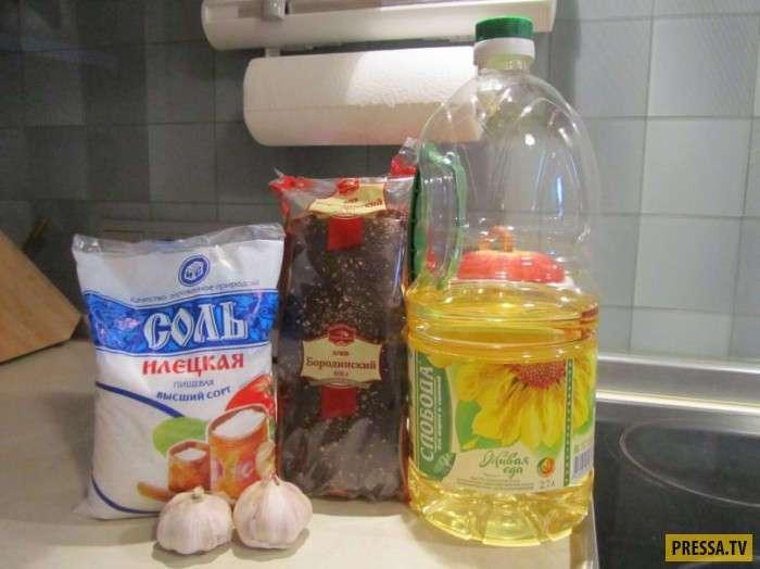 Очень вкусно и просто: Сухарики из черного хлеба с чесноком (14 фото)