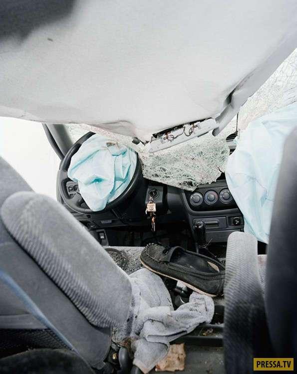 Внутри автомобилей после ДТП (12 фото)