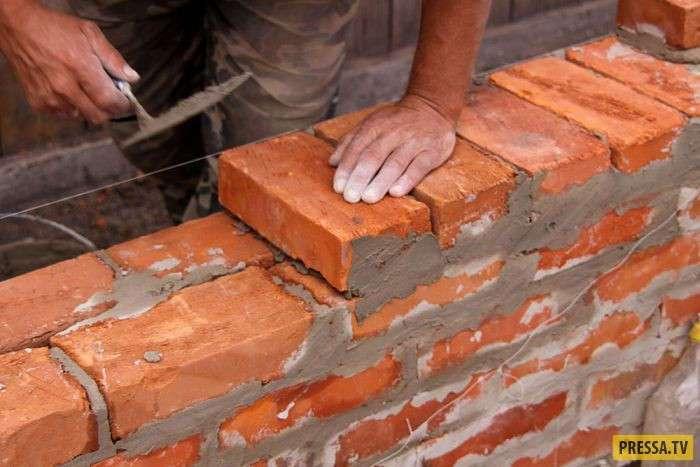 Из жизни строителей: как армянин с китайцем нашли общий язык (2 фото)