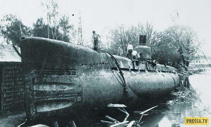 Спасение советских моряков с затонувшей подводной лодки М-351 в 1957 году (6 фото)