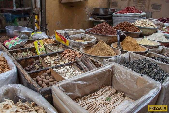 Рынок в небольшом китайском городке (26 фото)