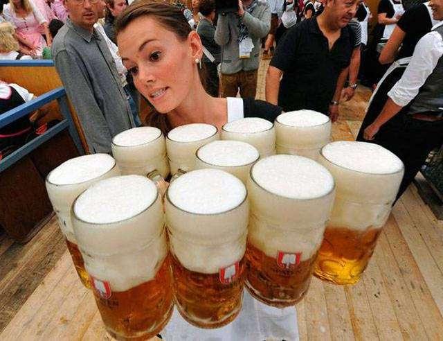 Как только любители пива не развлекаются