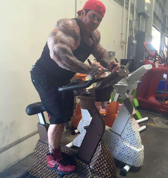 Американский бодибилдер Рич Пиана: 27 лет на стероидах
