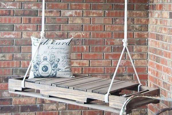 16 потрясающих идей самодельных вещей из деревянных поддонов для летнего отдыха