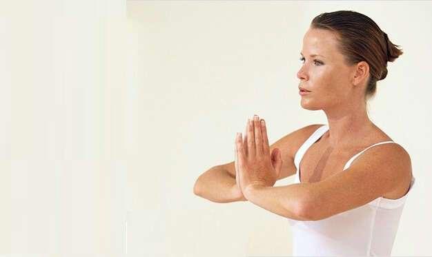5 упражнений, которые вернут молодость зоне декольте