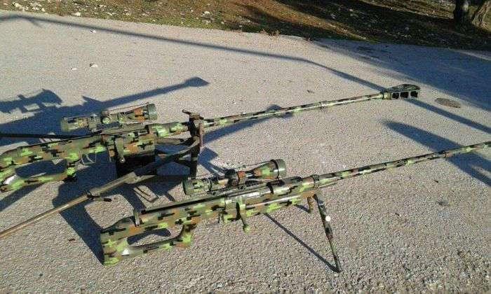Товар торговца оружием из -Исламского государства- (23 фото)