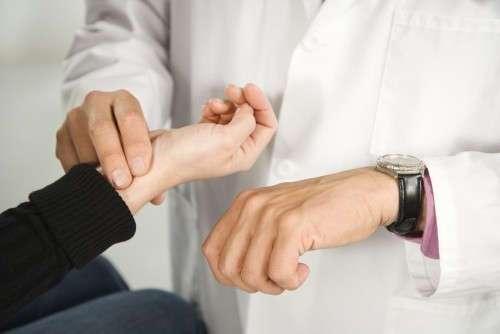 Вот какой пульс считается нормальным, а какой опасным для здоровья
