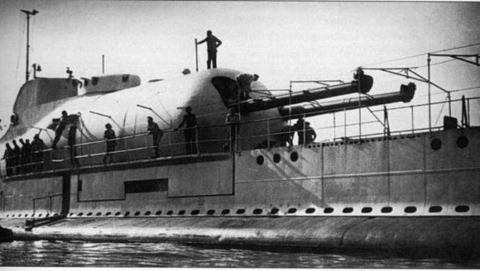 Подводная лодка Сюркуф (11 фото)