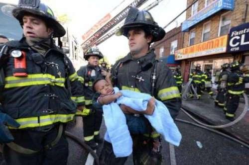 Пожарные спасают жизнь каждого живого существа (38 фото)
