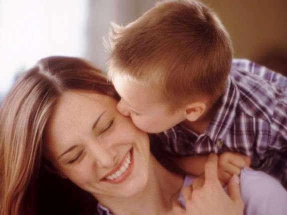 Сын выставил матери счет за помощь. От ее ответа сжимается сердце...