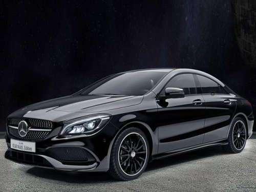 Компания Mercedes-Benz выпустила лимитированную версию CLA 180 для поклонников -Звёздных войн- (7 фото)