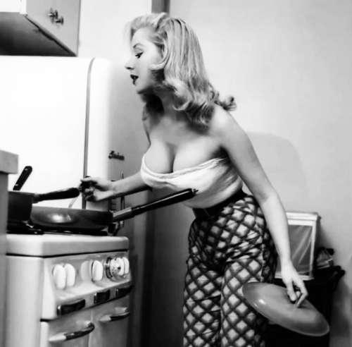 20 соблазнительных женщин ХХ века, которые до сих пор чаруют своим шармом
