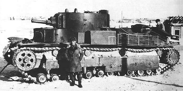 -Бешенный- танк Т-28. Минский прорыв старшего сержанта Малько (10 фото)