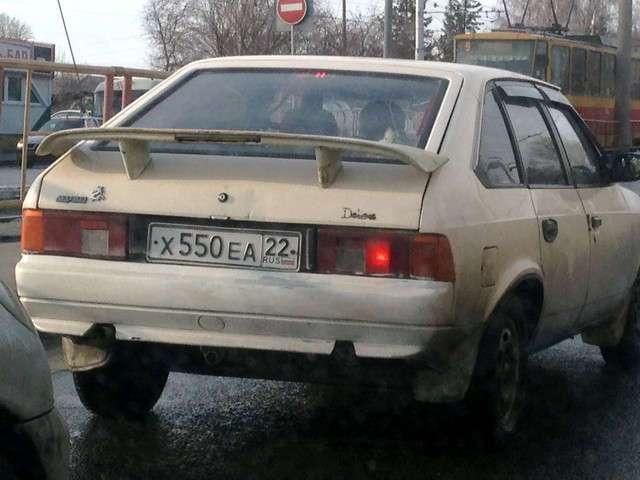 Автомобильные фотоприколы (50 фото)