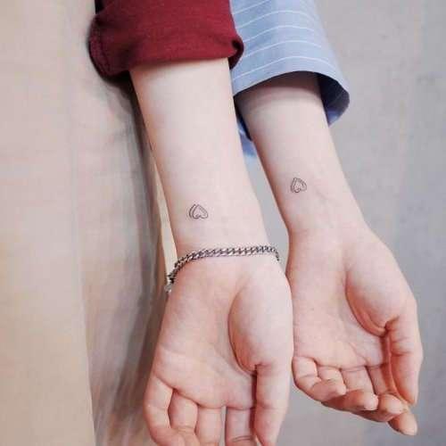 Минималистичные татуировки от Уитти Баттон (36 фото)
