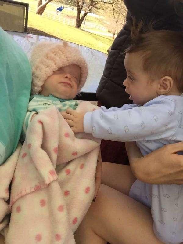 Они очень хотели усыновить ребенка, но на подобное никак не рассчитывали!