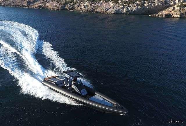 В Греции построили катер-риб, развивающий скорость в 167 км/ч (6 фото)