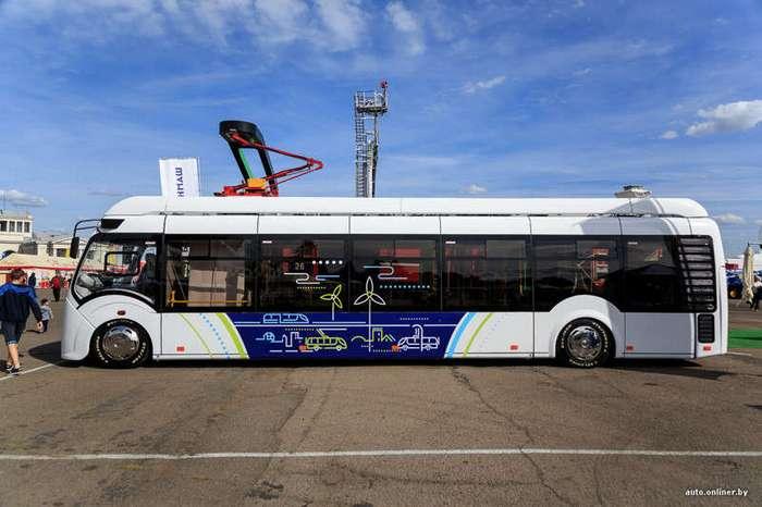 На улицы Минска вышли электробусы (14 фото)