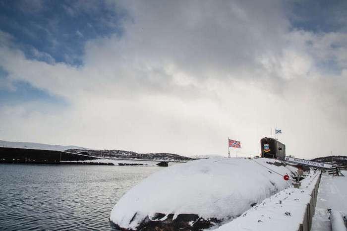Путешествие внутрь подводной лодки -Юрий Долгорукий- (20 фото)