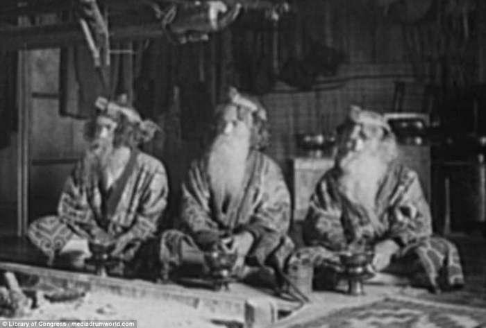 Забытые жизни айнов: древнейший народ, населявший Дальний Восток России и Японские острова (18 фото)