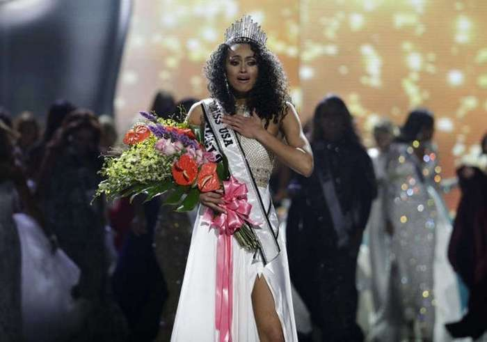 Два в одном: Мисс США-2017 стала ученый-ядерщик (10 фото)