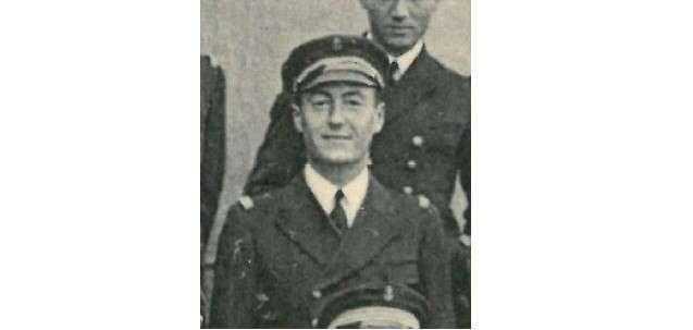 На Берлин! Забытый подвиг экипажа -Жюль Верна- и его командира (5 фото)