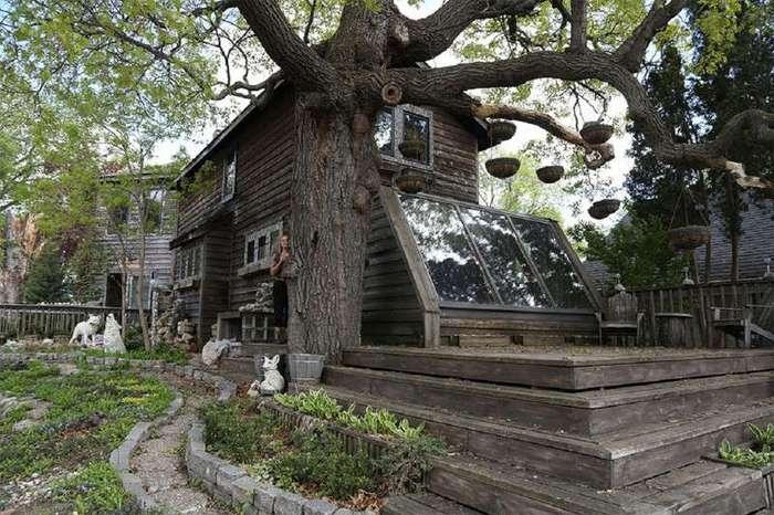 За 38 лет художница превратила свой дом в произведение искусства (11 фото)