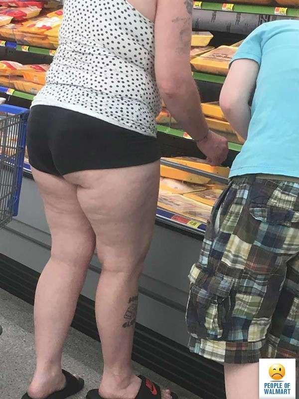 Экстравагантные покупатели Walmart (25 фото)