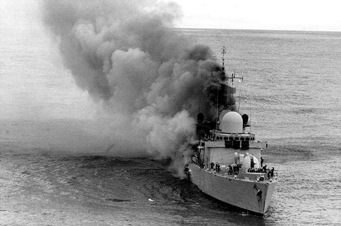 Ракета против кораблей (7 фото)