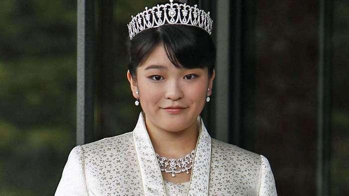 Японская принцесса Мако отказывается от королевского титула, чтобы выйти замуж за простолюдина (5 фото)